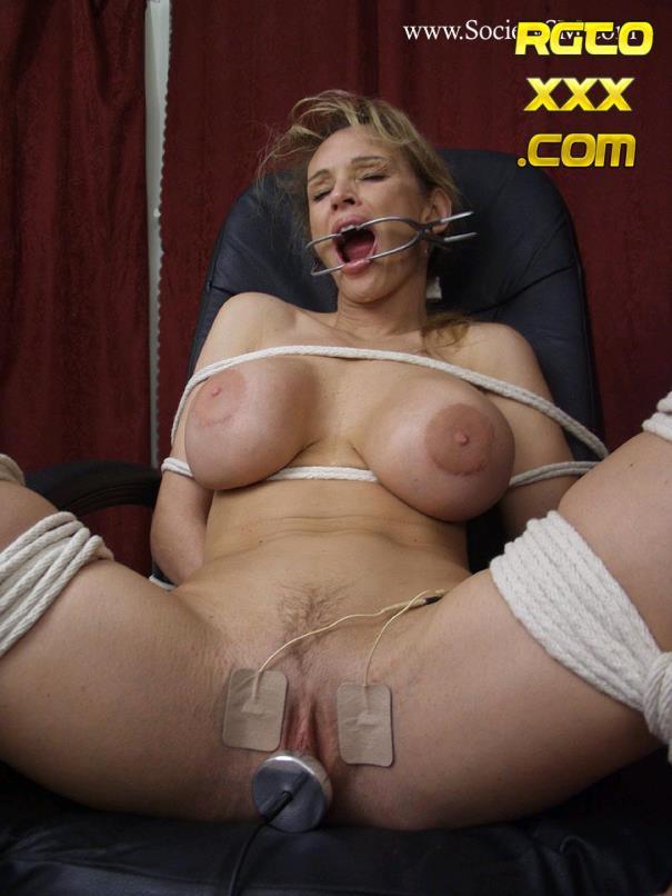 Busty big tits bbw