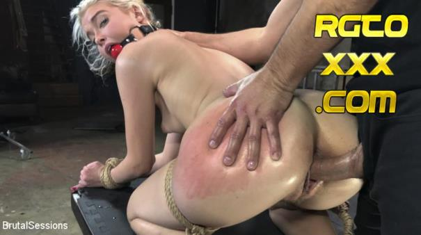 Chloe Cherry, Donnie Rock [BrutalSessions.com] The Stinging Torment of Chloe Cherry [2018/HD]