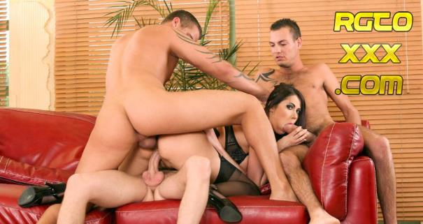 Eva Karera [GroupSexGames.com] Busty slut banged by 3 cocks [2018/FullHD]