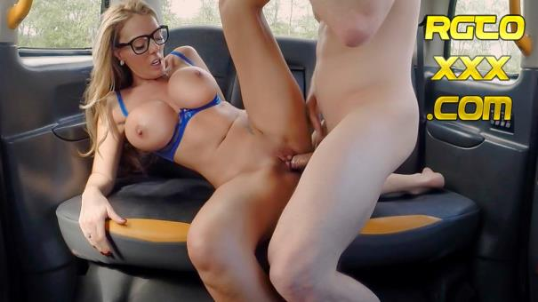 Stacey Saran [FemaleFakeTaxi.com] Sex addicts skip therapy for sex [2018/SD]