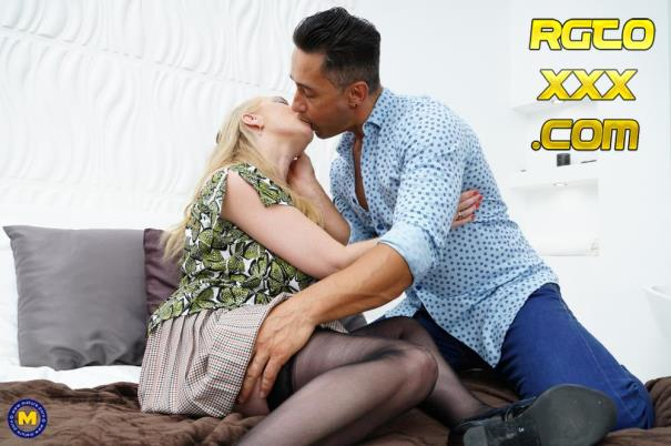 Lily May (EU) (49) [Mature.nl] British big breasted lady fucking and sucking [2018/FullHD]