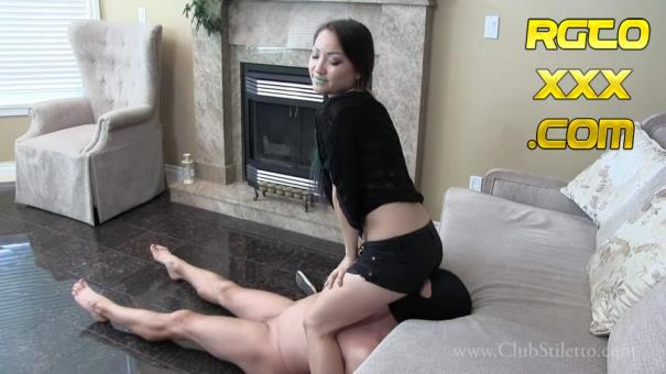 Miss Xi [ClubStiletto.com] JEANS TO THE FACE, PUNCH TO THE BALLS [2018/FullHD]